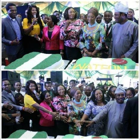 It was an honour conducting the cutting of the cake.