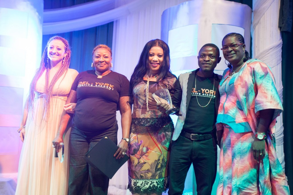 Monalisa Chinda & Sara Rabuse flanked by some of the best graduating students
