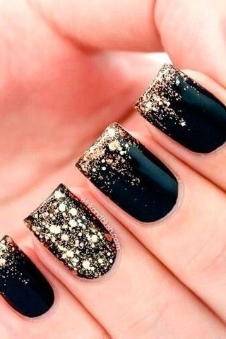 I love how classy black and gold combo always comes out!