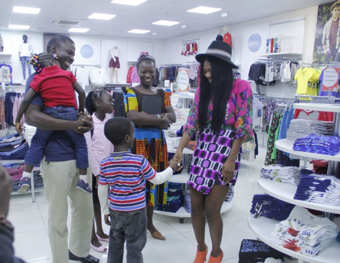 The Oreniyi's meet up with Celebrity Stylist You Mee at the Maxx store to pick up some clothes for the day.