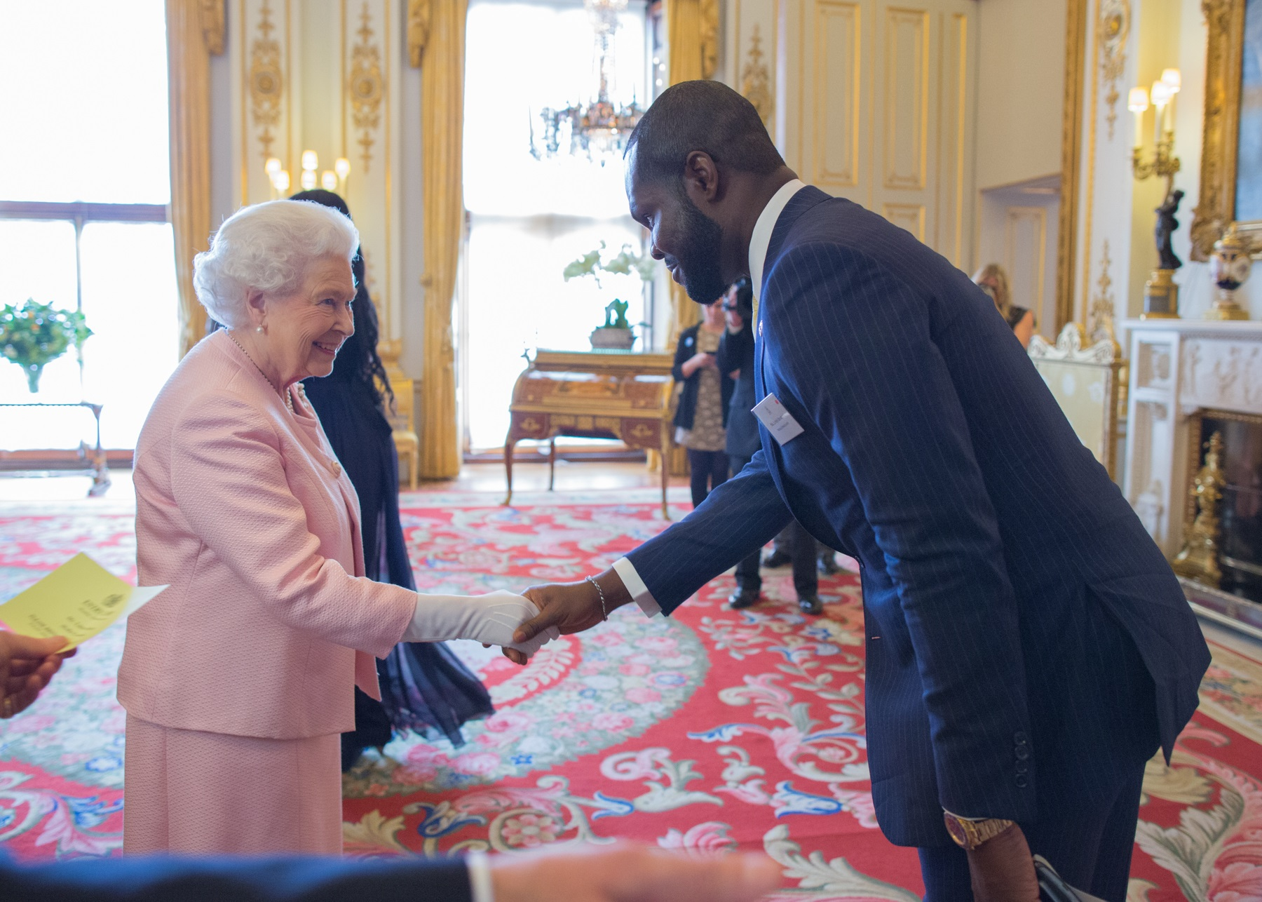 meeting the queen4