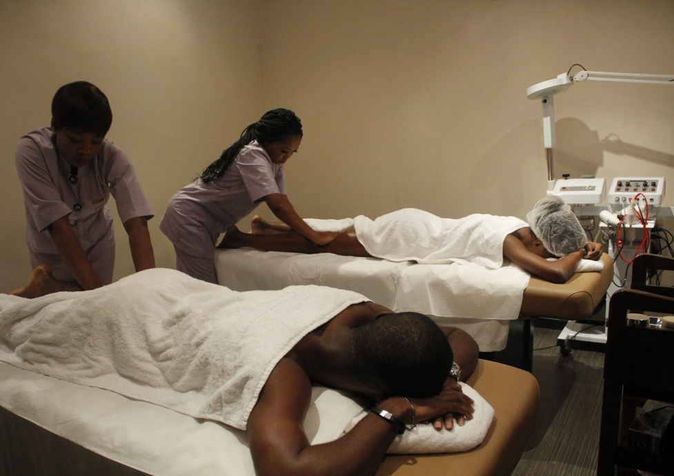Next, we give the couple some more pampering with a joint massage at the Eko Gym & Spa.