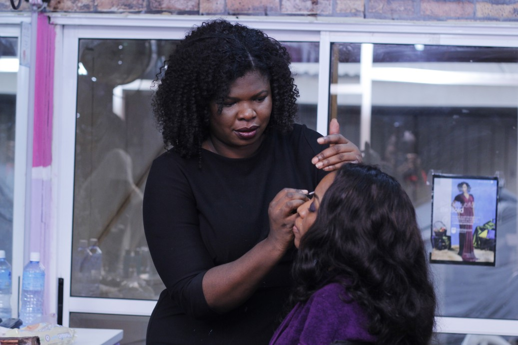 Celebrity Makeup Artist Bimpe Onakoya got started on Joan's face and a short while later, she looked almost unrecognizable.