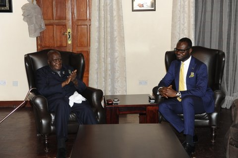 Linus Idahosa and former President Kenneth Kaunda