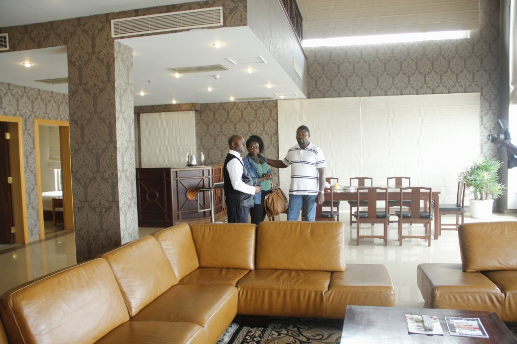 Naaah, think bigger! A presidential suite!!!