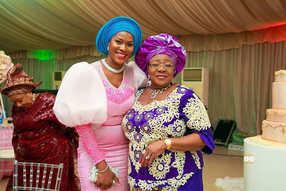 With Big Aunty - Photos From My Little Sister's Wedding!
